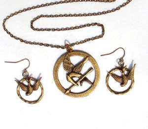 Hunger Games  set necklace and earrings, prop replica